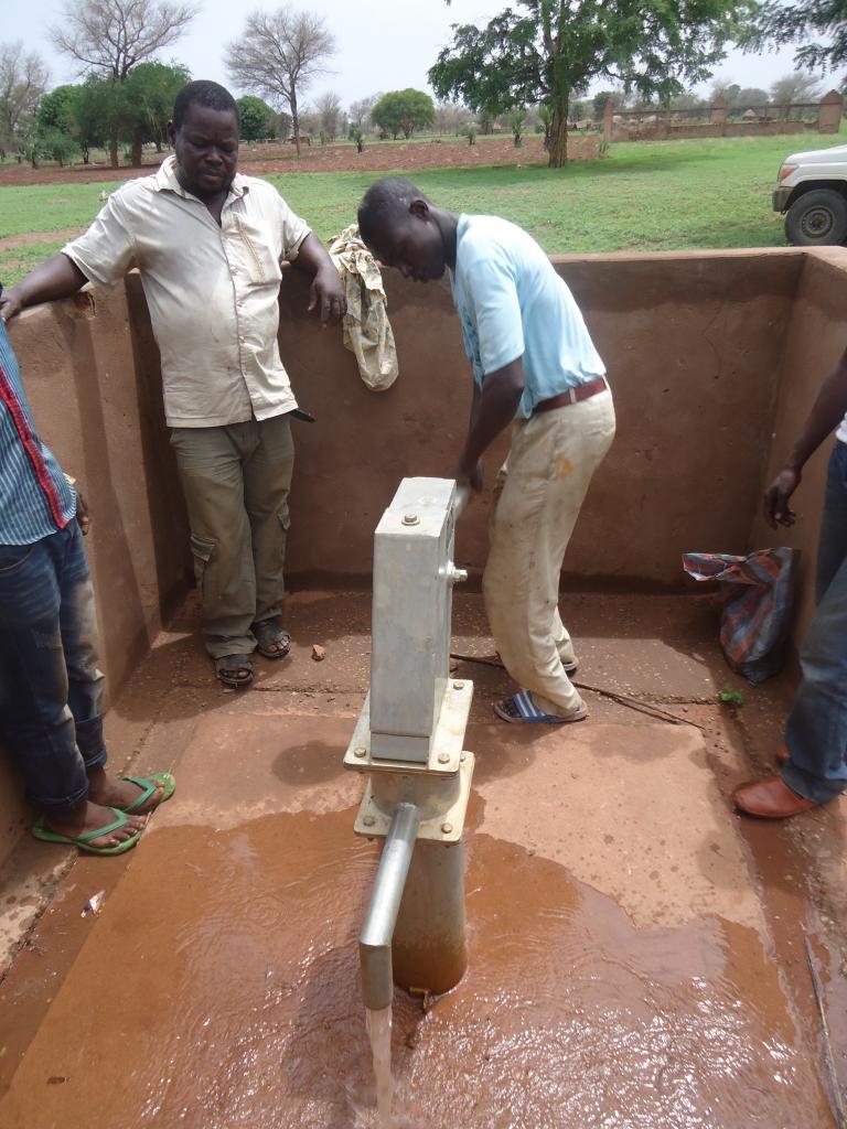 A d marre bouassa for Prix forage eau potable